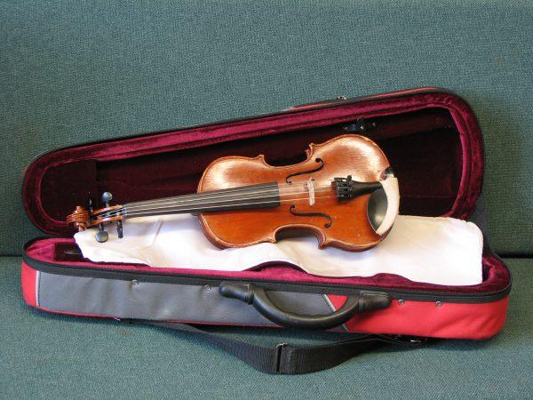1/4 Lichmere 'hole in the heart' Violin to Viola conversion