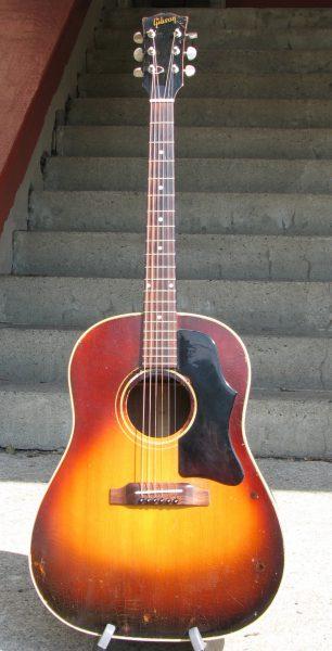 1967 Gibson J-45