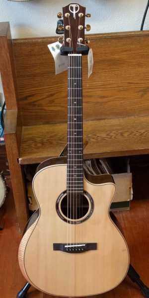 Teton Grand Concert with Pickup and Arm-bevel